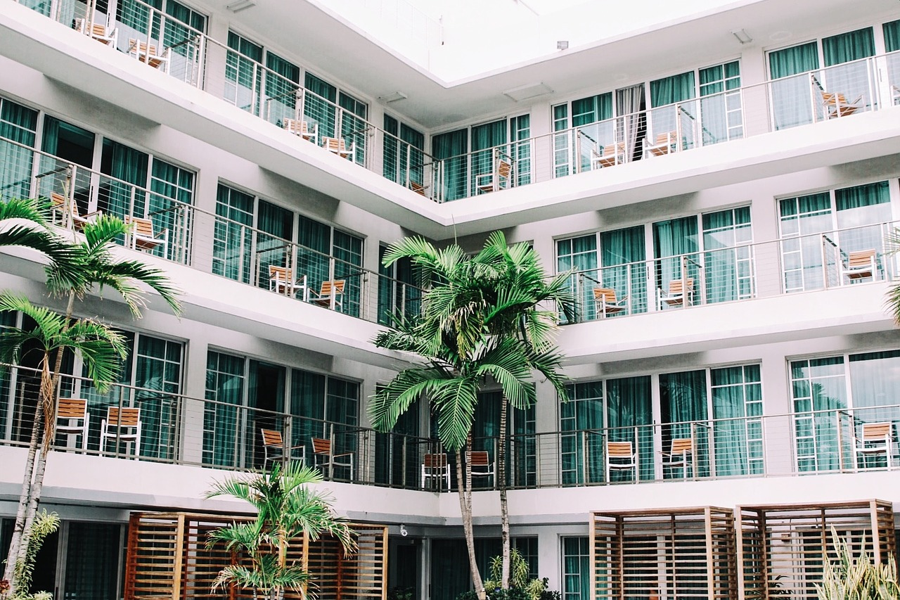 hotel_San-Diego_window-film